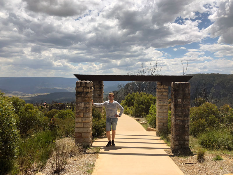 Blue Mountains Cahills Lookout