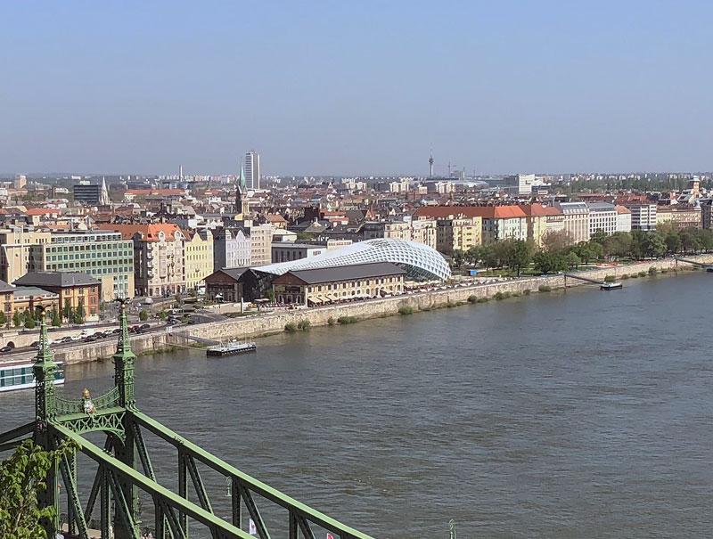 Bálna Boedapest