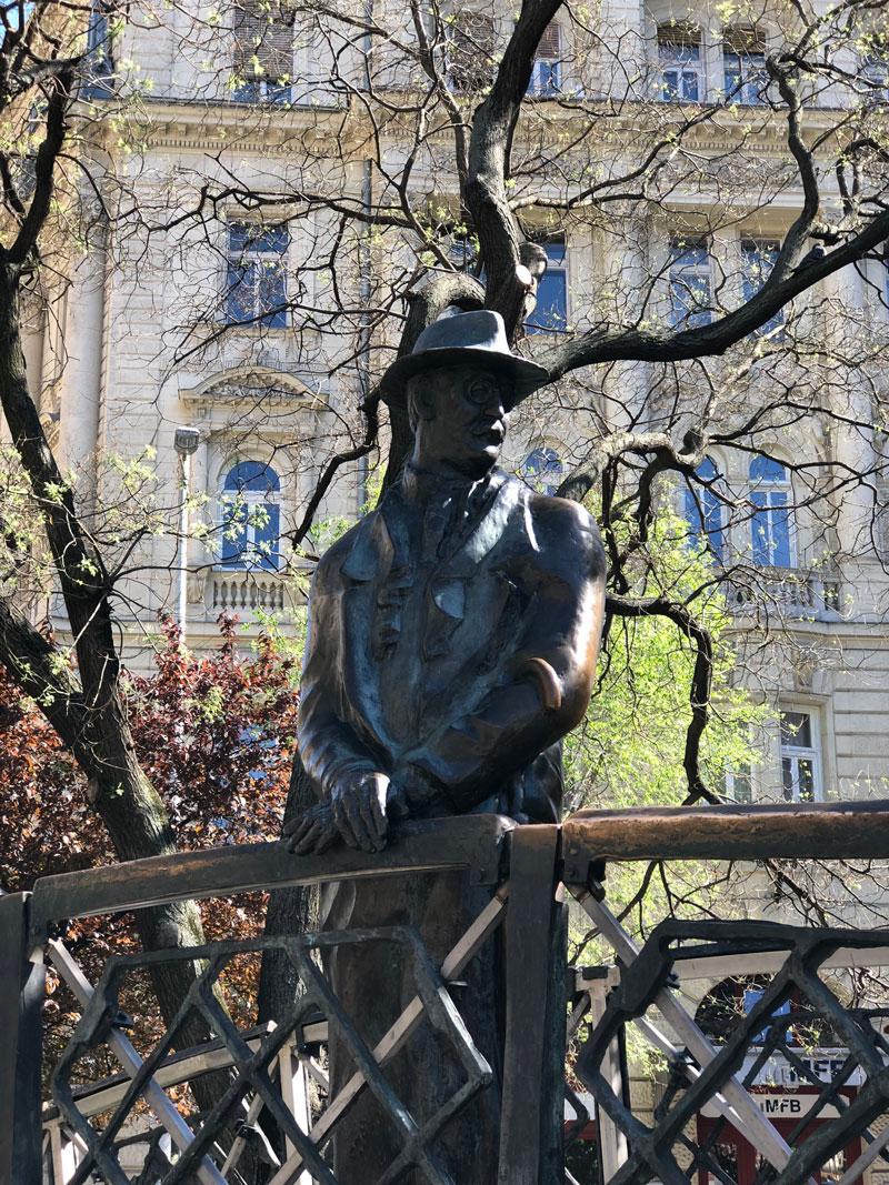 Monument Imre Nagy