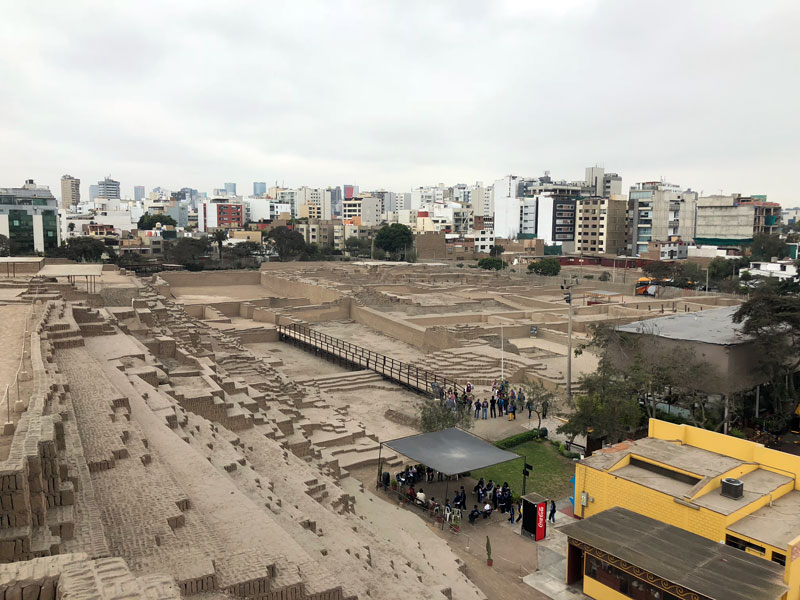 Huaca Pucllana, Mariflores Lima.