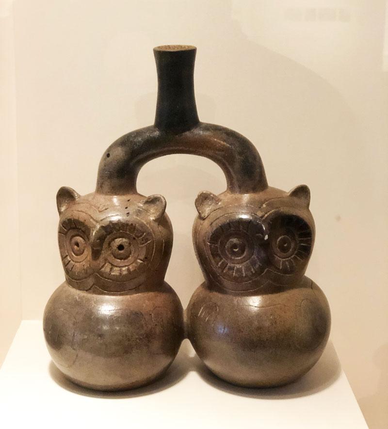 Vaas in het Larco Museum, Lima Peru.
