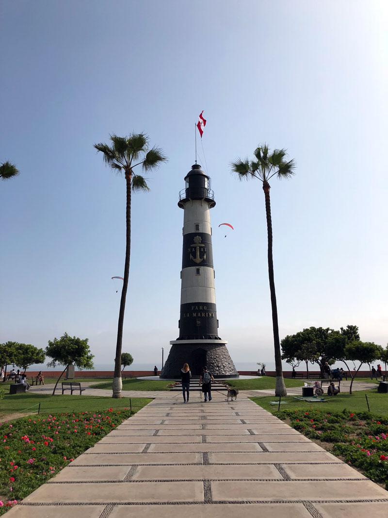 Vuurtoren Faro La Marina Miraflores