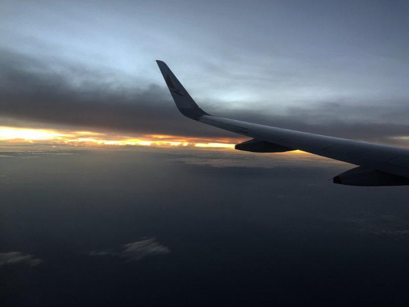 In het vliegtuig op weg naar Bogota.